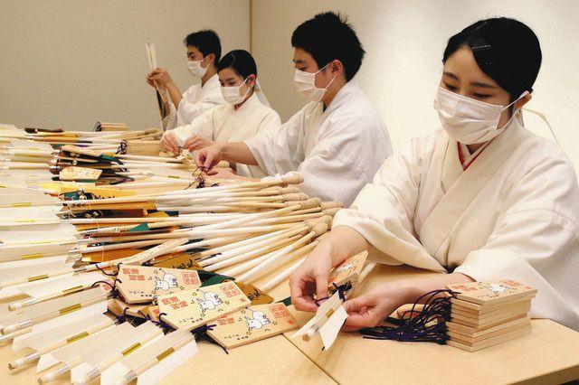 汚れ清める すす払い 鹿島神宮、分散参拝を呼び掛け:東京新聞 TOKYO Web
