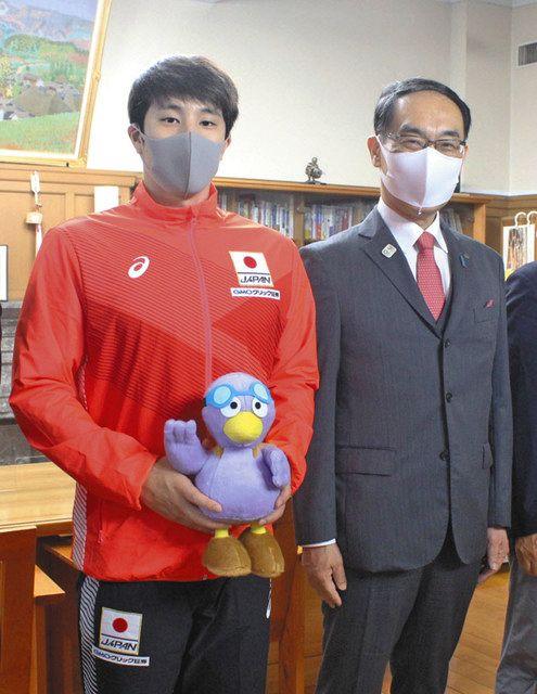<TOKYO2020→21>競泳・瀬戸選手「元気を発信」 2度目出場で意気込み、知事激励