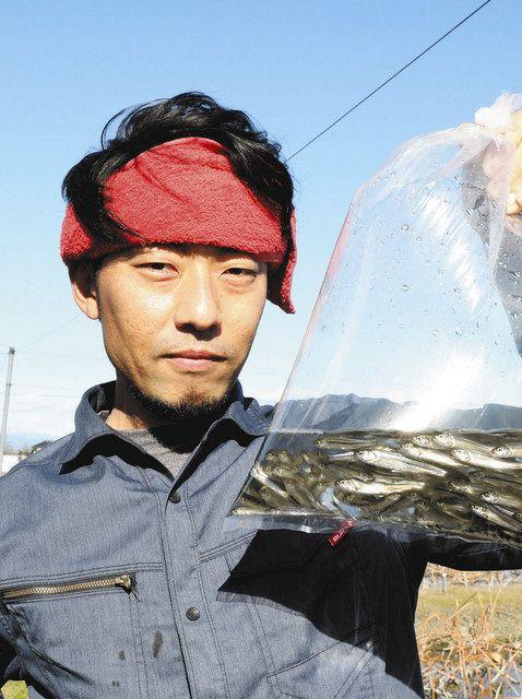 「ホンモロコの食文化を継承したい」と話す柿沼さん=いずれも熊谷市で