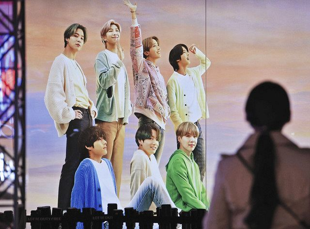 BTSの兵役を軽減するべきか? 韓国で高まる賛成世論、政治利用を ...