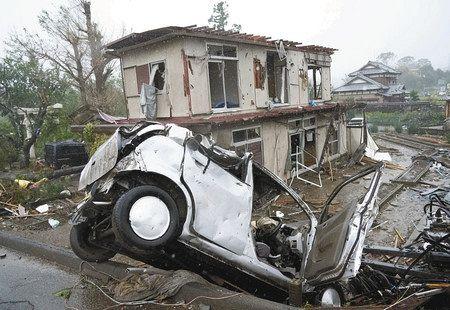 最強台風、静まる首都 市原で車横転、男性死亡 竜巻か:東京新聞 TOKYO Web