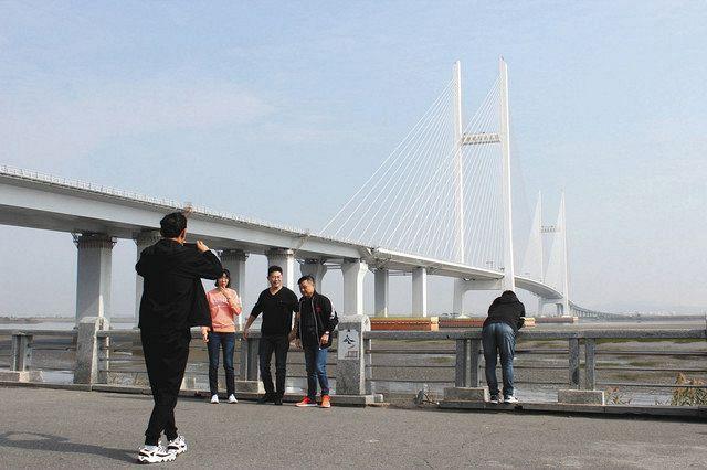 新型コロナ対策で国境封鎖…打撃を受ける中朝貿易 望みつなぐ「新鴨緑江大橋」も開通に遅れ:東京新聞 TOKYO Web