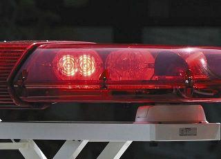 覚醒剤取締法違反容疑の男、家宅捜索中に車で逃走、埼玉県越谷市で乗り捨て
