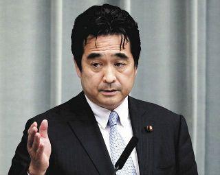 官邸で大人数会合、食事も 坂井副長官「何が問題なのか」