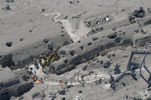 噴火 御嶽 遺体 山